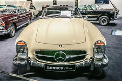 FRANKFURT - SEPT 2015: Brabus 1957 klassiska Mercedes-Benz 300 SL Royaltyfria Foton