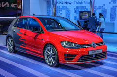 FRANKFURT - SEPT. 2015: De Aanraking van Volkswagen VW Golf R bij de Internationale Motor die van IAA wordt voorgesteld Stock Afbeeldingen