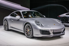 FRANKFURT - SEPT 2015: Framlagd Porsche 911 991 Carrera S kupé Royaltyfri Bild