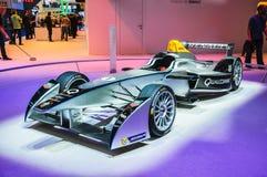 FRANKFURT - SEPT 21: Framlagd racerbil för Gnista-Renault formel E Arkivfoton