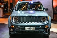 FRANKFURT - SEPT. 2015: Jeep Renegade bij IAA Internatio wordt voorgesteld die Stock Afbeelding