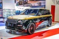FRANKFURT - SEPT. 2015: Land Rover Range Rover Sport Mansory pres Royalty-vrije Stock Foto's