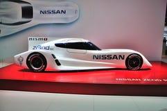 FRANKFURT - SEPT 14: Nissan Odsłania Elektrycznego Zeod samochód wyścigowego prese Zdjęcie Stock