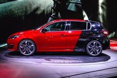 FRANKFURT - SEPT. 2015: Peugeot 308 GTi 270 bij IAA Inte wordt voorgesteld die Stock Foto's