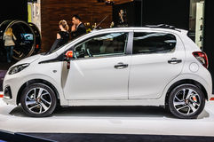 FRANKFURT - SEPT 2015: Peugeot 108 som framläggas på IAA Internationa Royaltyfria Foton