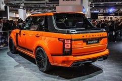 FRANKFURT - SEPT 2015: Pomylena Startech Range Rover furgonetki tru Zdjęcia Royalty Free