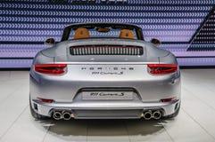 FRANKFURT - SEPT 2015: Porsche 911 991 Carrera S cabriopresente Royaltyfria Bilder