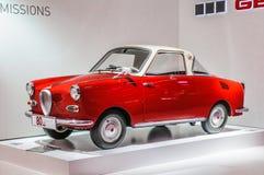 FRANKFURT - SEPT. 2015: rode die retro auto bij IAA Internatio wordt voorgesteld Royalty-vrije Stock Afbeelding