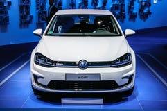 FRANKFURT - SEPT. 2015: Volkswagen-het e-golf van VW bij de Internationale Motor die van IAA wordt voorgesteld Royalty-vrije Stock Foto