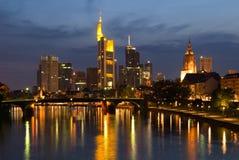 frankfurt skyine Fotografering för Bildbyråer