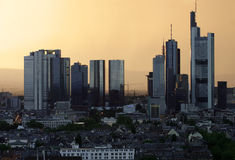 Frankfurt-Skyline stockbilder