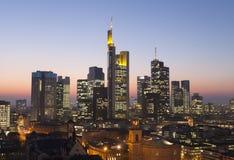 Frankfurt stadshorisont Arkivbild