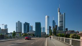 Frankfurt-Stadtstraßenansicht Lizenzfreie Stockbilder