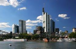 frankfurt strömförsörjning Fotografering för Bildbyråer