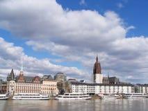 frankfurt strömförsörjning Arkivfoton
