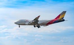 FRANKFURT TYSKLAND: JUNI 23, 2017: Boeing 747 Asiana Airlines är Royaltyfri Bild