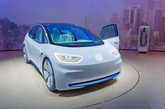 FRANKFURT TYSKLAND - SEPTEMBER 17, 2017: Volkswagen I D För elbilVW för begrepp autonom legitimation på den motoriska showen för  Royaltyfria Bilder