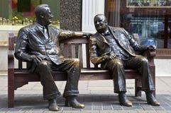 Franklin D. Roosevelt & Winston Churchill Statue i Stock Photo