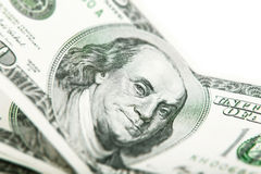 Franklin stående en sedel 100 dollar Arkivbild