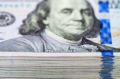 franklin Tas de cent billets d'un dollar Photos libres de droits