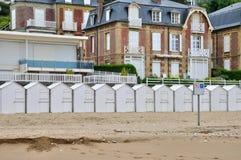 Frankreich, historisches Stadt Villers-sur Mer in Normandie lizenzfreie stockbilder