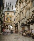 FRANKREICH ROUEN AUG 2018: Die Gros Horloge-Uhr Es ist eine astronomische Uhr, die hinsichtlich des 16. Jahrhunderts zurückgeht E stockfotografie