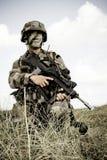 Frankrijk, het opleidingscentrum van een buitenlands legioen - circa, 2011 De legionair is op plicht tijdens een gevechtsopdracht Stock Fotografie