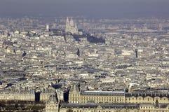 Frankrijk, Parijs; de mening van de hemelstad met Louvre Royalty-vrije Stock Foto's