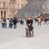 Frankrijk, Parijs - Juni 17, 2011: Roodharigevrouwen dichtbij Royalty-vrije Stock Afbeelding