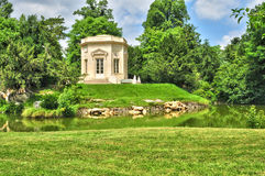 Frankrike det Marie Antoinette godset i parcen av Versailles PA Royaltyfria Foton