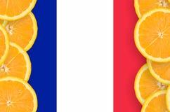 Frankrike flagga i vertikal ram för citrusfruktskivor royaltyfria foton