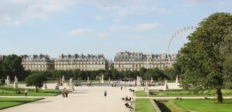 Frankrike Paris - Juni 17, 2011: Jardin de Tuileries Arkivfoton