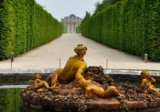 Frankrike Versailles slottträdgård Arkivbild