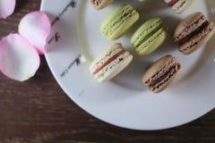 Frans gebakje op de plaat Stock Foto's