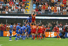 Frans Hoogste Rugby 14 - USAP versus Montpellier HRC Stock Foto's