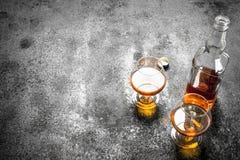Franse cognac in glas stock foto
