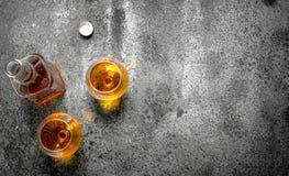 Franse cognac in glas royalty-vrije stock fotografie