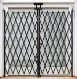 Franse deuren met poorten stock foto's