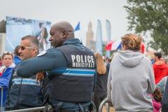 Franse gemeentelijke politie die het publiek controleren Royalty-vrije Stock Fotografie