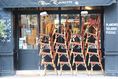 Franse Koffie Openluchtzetels in Parijs Royalty-vrije Stock Foto