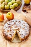 Fransk äpple- och päronpaj Fotografering för Bildbyråer