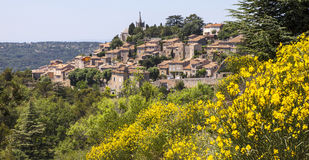 Fransk bergstoppstad Royaltyfri Bild