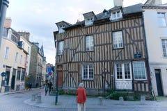Fransk gata i Brittany dagligt liv arkivfoto