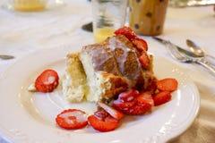 fransk jordgubberostat bröd Royaltyfri Fotografi