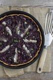 Fransk lök- och olivgrönPizza Royaltyfri Foto