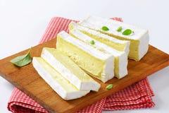 Fransk ost Carre de l'Est Arkivbild