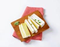 Fransk ost Carre de l'Est Royaltyfria Bilder