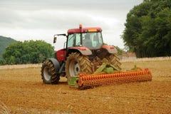 fransk plöja traktor Arkivbild