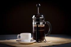 fransk press för kaffe Fotografering för Bildbyråer