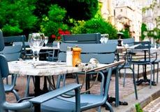 fransk restaurang Arkivfoton